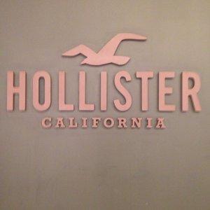 25% OffSitewide @ Hollister