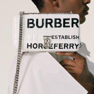 低至4折 $176收印花Tee上新:Burberry 大促再降价 收相机包、围巾、T恤卫衣等