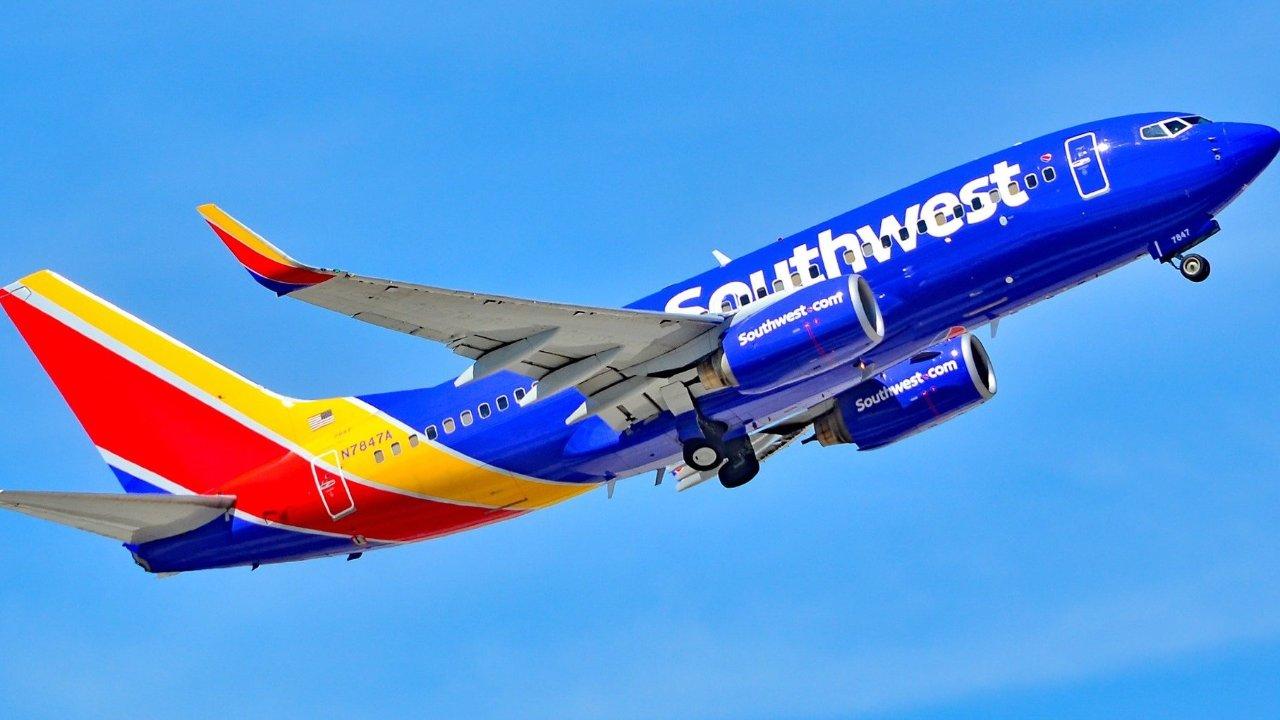 Southwest 西南航空赠送Companion Pass(基友卡)开卡福利, 到底该不该申?   优缺点大分析+3张卡比较