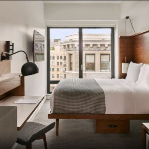 10% off $500+Expedia Hotel Savings