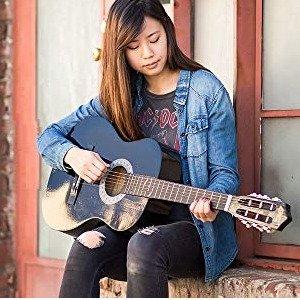 $39.99起 多色可选初学者民谣吉他套装,送拨片、背包、电子调音器、琴弦等
