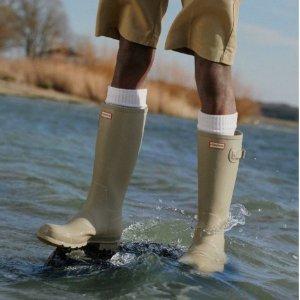 低至5折Hunter官网 精选雨靴、防雨背包热促 下雨天更要姿态时髦