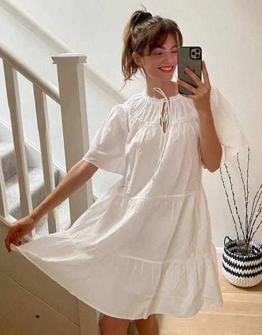 分层小白裙