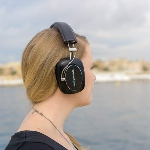 $199Bowers & Wilkins P7 Wireless Over-the-Ear Headphones