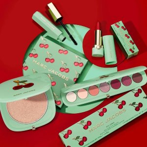 €24.95收眼唇彩妆3件套上新:Marc Jacobs 2020假日彩妆 樱桃系列来袭 复古感高颜值