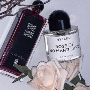 8款香型,你爱哪种花香?香水大赏:花香&清冷香水推荐!做最有气质的白衬衣女孩