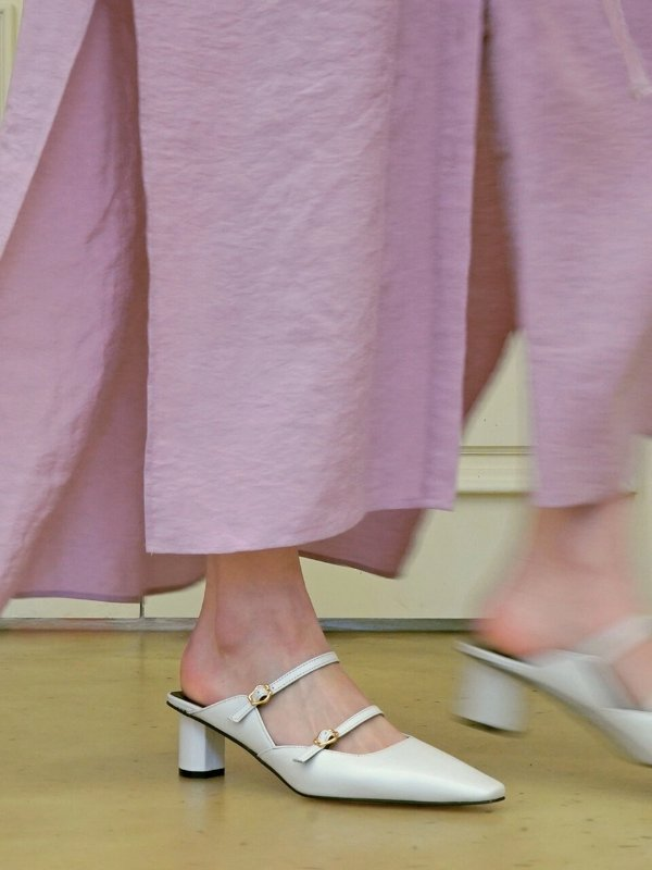 Haisley 玛丽珍穆勒鞋