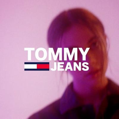 低至4折+额外8折  Logo T恤£20收Tommy Jeans 全线热促 90年代复古燃烧至今