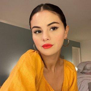 低至5折 Selena 同款$42Everlane官网 男女简约纯色美衣折扣 百搭短裙$33