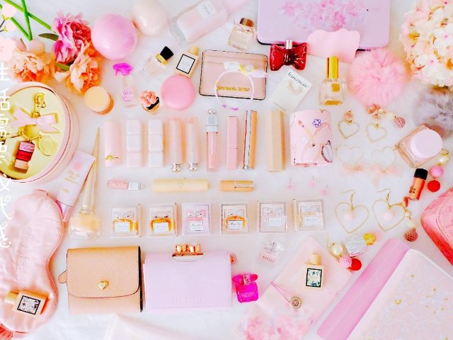 70个高颜值粉色单品| 包包、配饰...