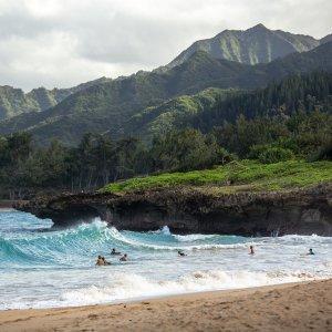 直飞往返 $198起 11月-1月日期史低价:加州萨克拉门托--夏威夷檀香山 往返机票低价