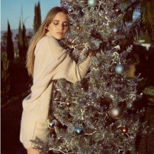 驯鹿毛衣€69收上新:Zara 圣诞派对服饰热卖 温柔白和活泼糖果色都有哦