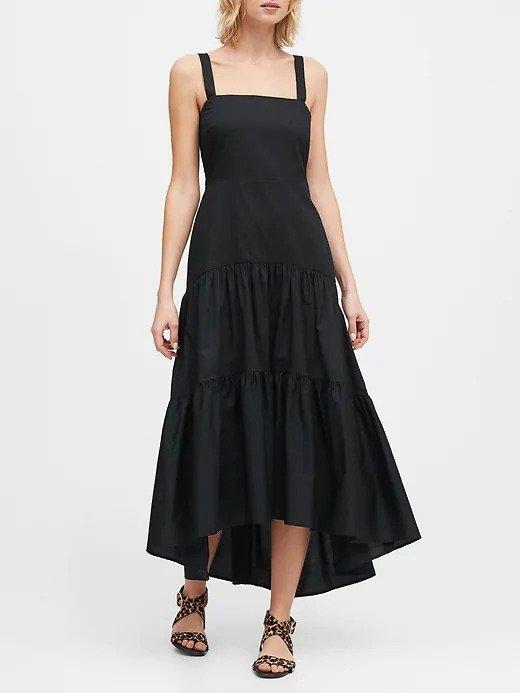 吊带小黑裙